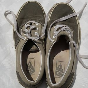 Vans Chukka Low Pro Skate Sneakers Mens 6 Pewter